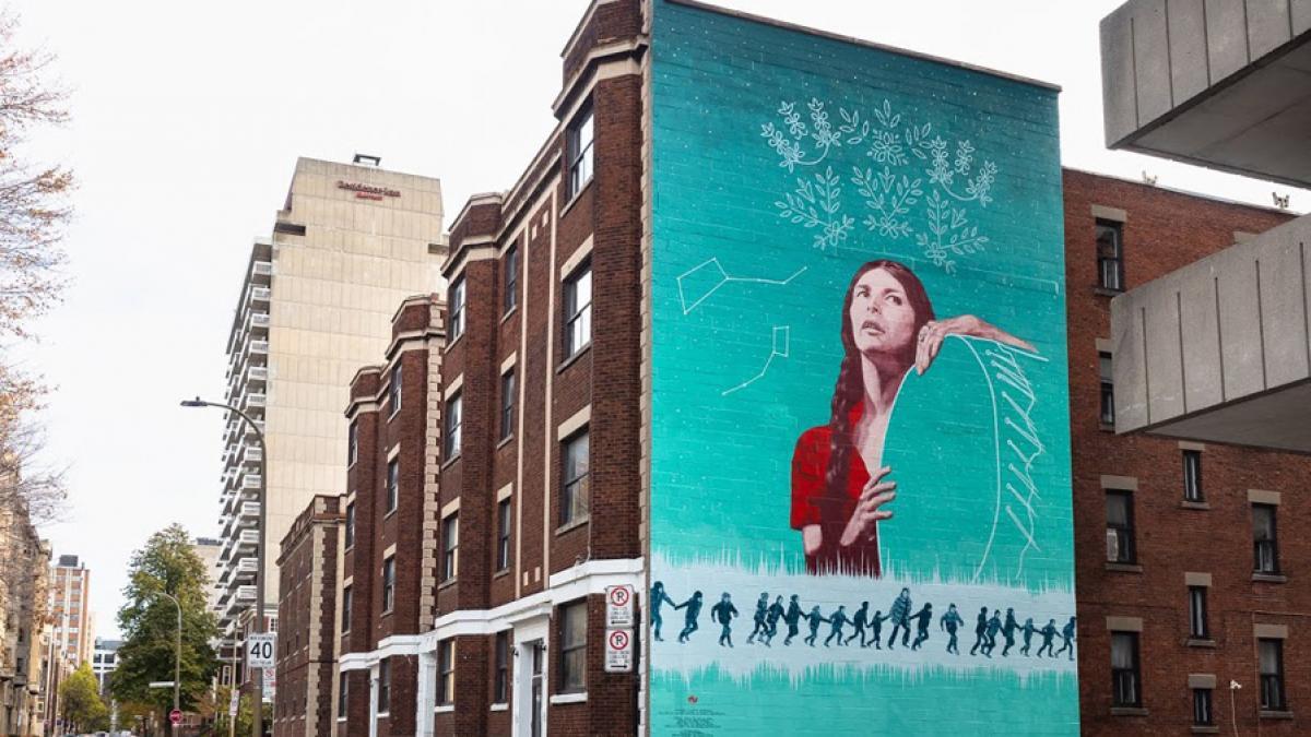 Hommage à Alanis Obomsawin – MU inaugure une 20e murale dédiée aux bâtisseurs culturels montréalais