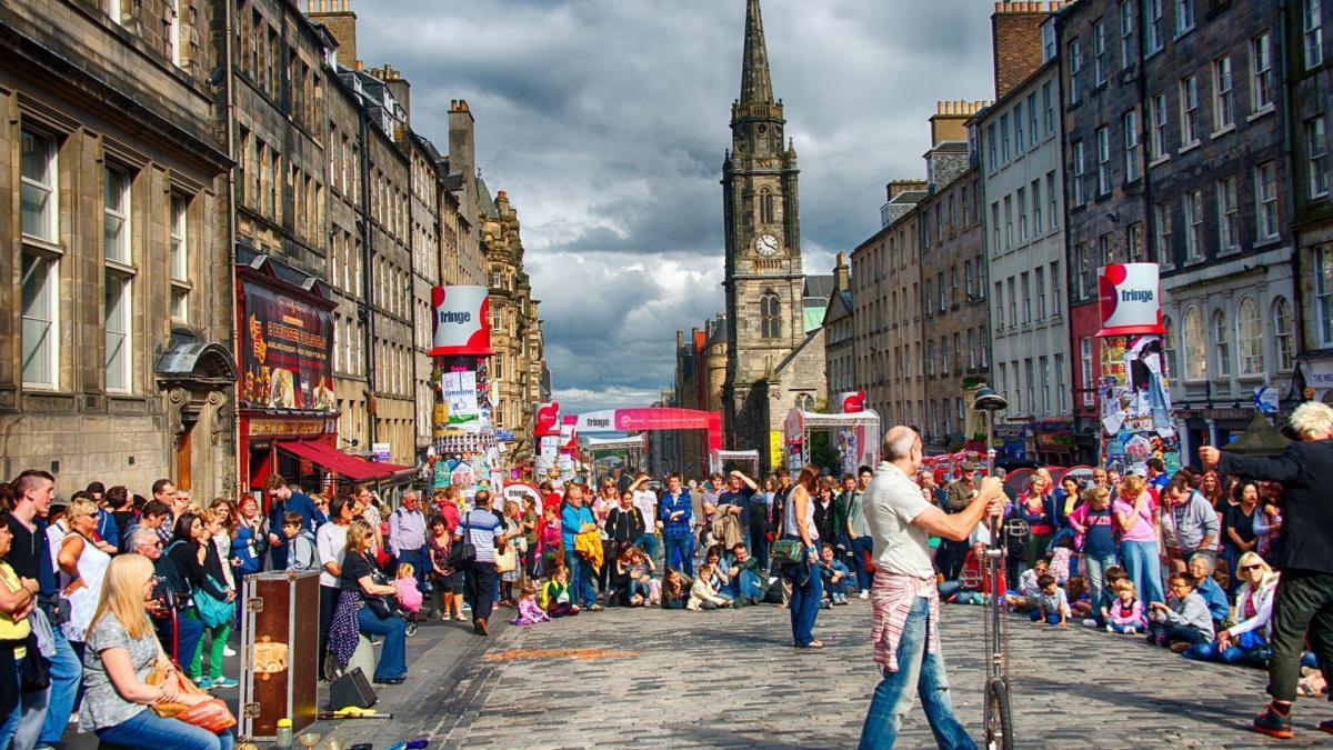Les Festivals d'Édimbourg marquent 70 ans de célébration de l'extraordinaire en 2017