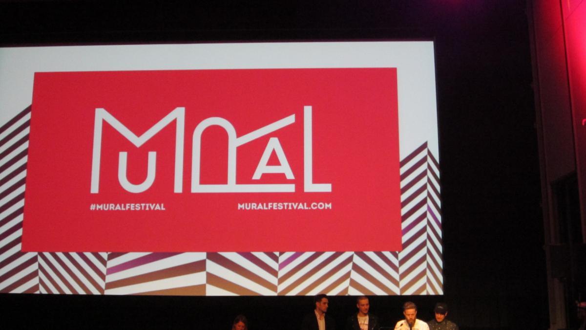 Dévoilement festival Mural avec Nicolas, Alexis, Yann et André les organisateurs