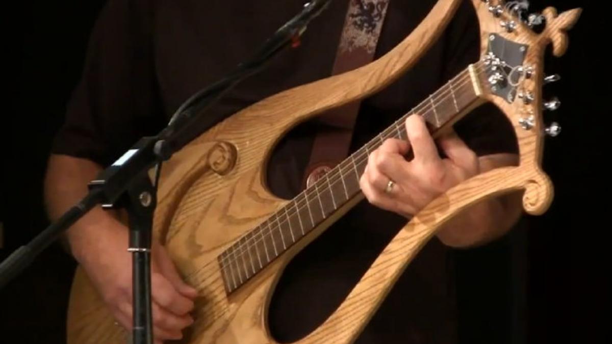 Guitare de fabrication artisanale