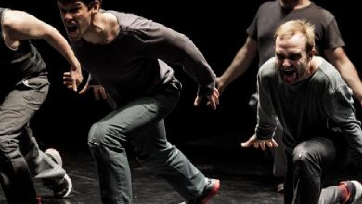 «Danse de garcons», le nouveau spectacle de Karine Ledoyen