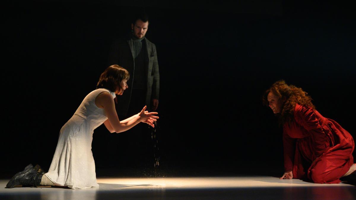 Le théâtre La Bordée de Québec présente «Les mains d'Edwige à la naissance» de Wajdi Mouawad