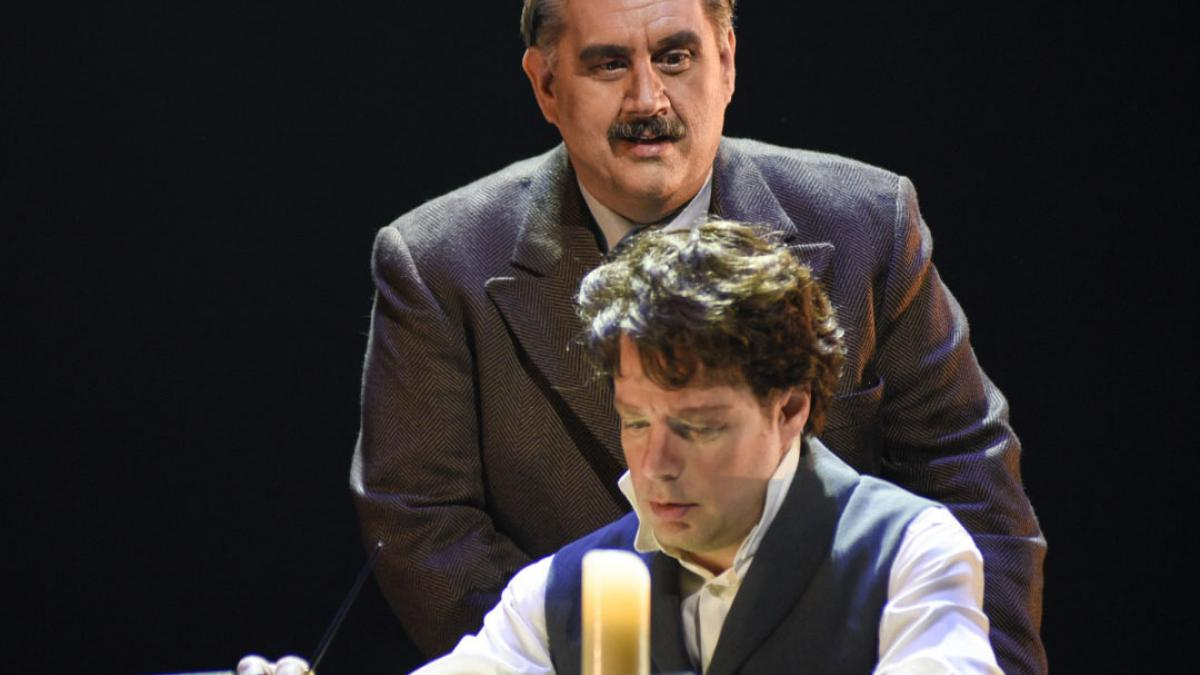 L'opéra romantique Nelligan au TNM : intéressant, mais un peu lourd et longuet...