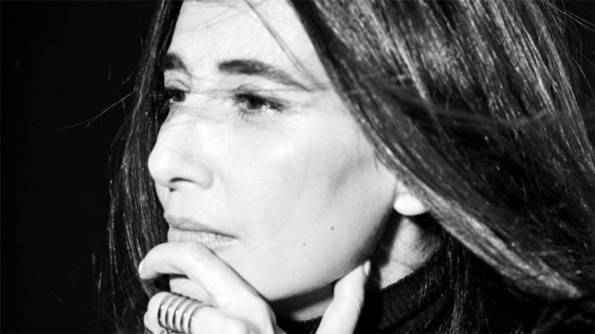 Yara Lapidus dévoile «Tenho Saudade de Você» avec Chico Cesar